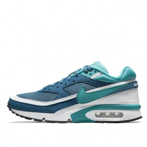 new styles 0fb7f 5ee21 basket nike air max bw