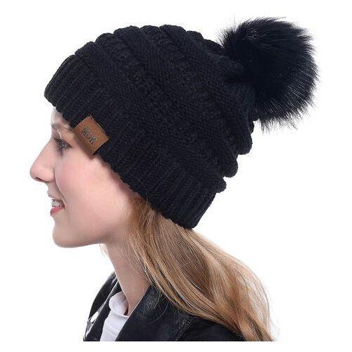6056c093fe5ce bonnet noir femme a pompon pas cher ou d'occasion sur Rakuten