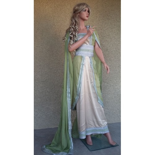 Robe kabyle moderne 2016 mariage taille 38 takchita caftan for Maison kabyle moderne