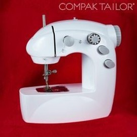 Machine � Coudre Portable Compak Tailor