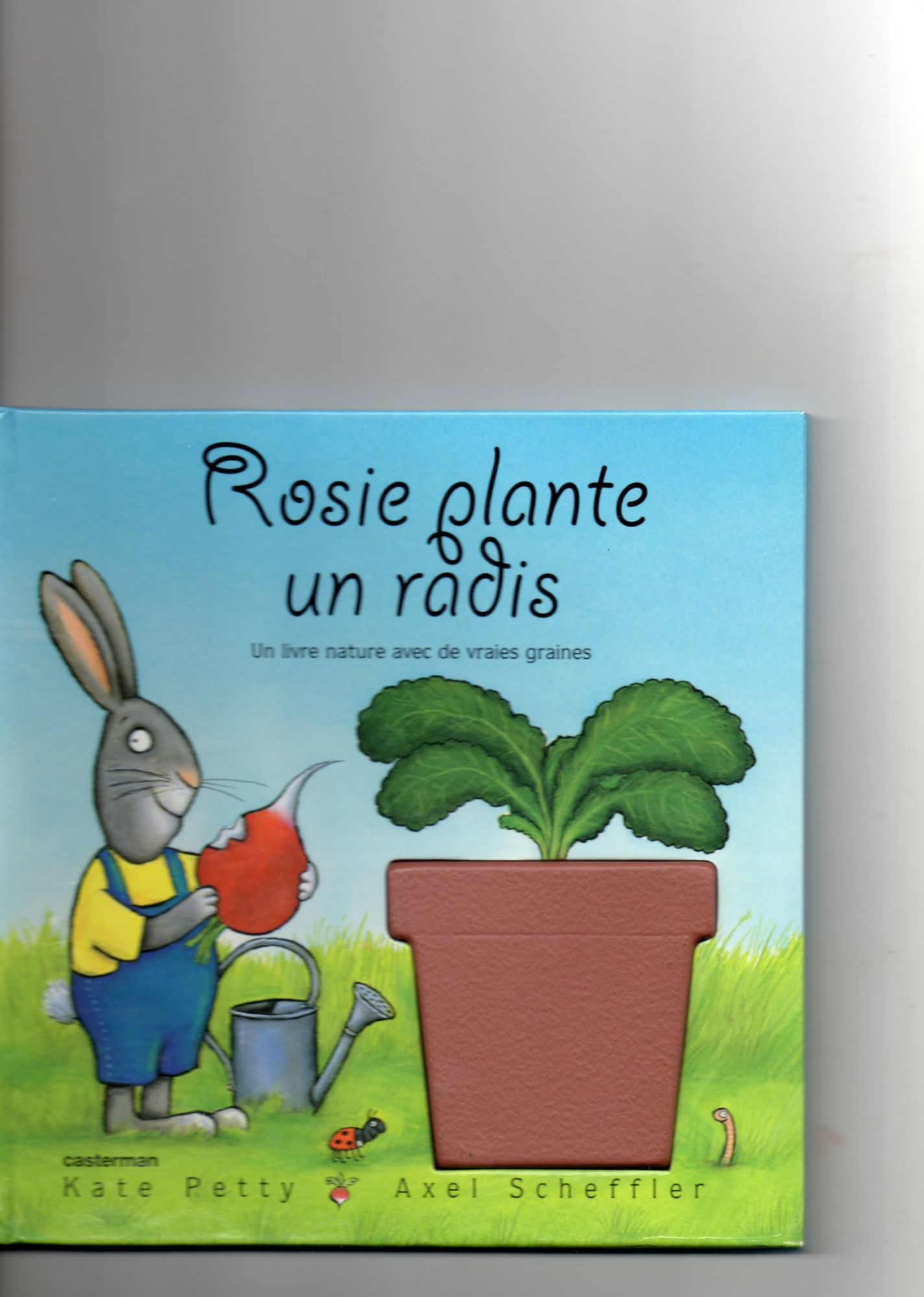 Rosie plante un radis