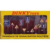 Dinky Toys Atlas 12 Panneaux De Signalisation Ref 593