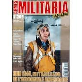 Armes Militaria Magazine N� 205 Du 01/08/2002 - 1914-45 - Kepi Gendarme - Dagues Allemandes - Insignes Us Pacifique Et Malgre-Nous - 1945 - 62 - Fabrication Locales Indo - 5eme Bcp Algerie - Juin 44 - Mitrailleur De L'aeronavale America...