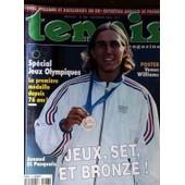Tennis Magazine N� 296 Du 01/11/2000 - Arnaud Di Pasquale - Special Jeux Olympiques - La 1ere Medaille Depuis 76 Ans - Venus Williams - Kafelnikov - En Or.