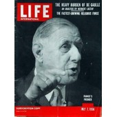 Life International N� 1 Du 07/07/1958 - The Heavy Burden Of De Gaulle - The Fastest-Growing Religious Force - Dramatist Osborne - Lady At The Top - President Stutz.