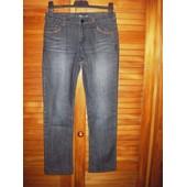 Jean Onado Denim Jeans 5 Poches ,Zipp� ,Boutonn� ,Fantaisies Motifs D�lav�s ,Poches Clout�es ,Brod�es ,Gaufr�es � L'arri�re .