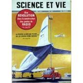 Science Et Vie N� 441 Du 01/06/1954 - Une Revolution Dans La Construction Des Postes De Radio La Poutre Le Roy-Un Pylone Qui Se Devide D'une Bobine