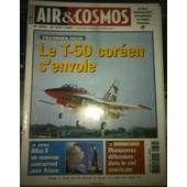 Air&cosmos N� 1854 Du 30/08/2002. Le T-50 Cor�en S'envole. Espace, Atlas V Un Nouveau Concurrent Pour Ariane. Manoeuvres D�fensives Dans Le Ciel Am�ricain. 1854