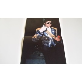 poster michael jackson 22,5 x 34 cm en exellent etat