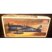 Grumman F6f-3/5 Hellcat Ww2 Us.Navy Fighter-(Limited �dition Maquette Avion)(1/72)(Academy)(Korea).