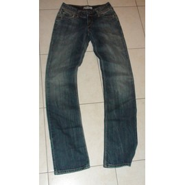 Jean Levi's Femme 470 Straight Fit Taille 36