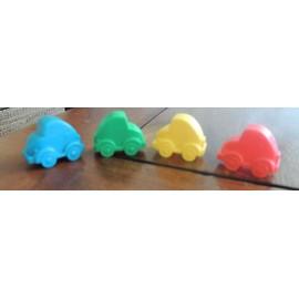 Lot De 4 Pions En Forme De Voiture: 1 Bleue, 1 Rouge, 1 Verte Et 1 Jaune