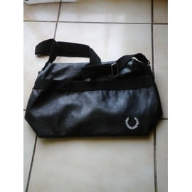 Sac � Bandouli�re Fred Perry