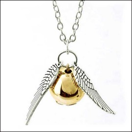 Collier Quidditch Vif D'or Harry Potter Golden Snitch Necklace
