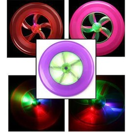 Hot Couleur Spin Led Lumi�re Vol Saucer Disque Frisbee Ufo Jouet