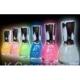 Vernis A Ongles Phosphorescent News Diff. Couleur Yess Love