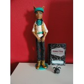 Poup�e Monster High Clawd Wolf