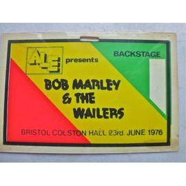 BOB MARLEY & THE WAILERS BACKSTAGE