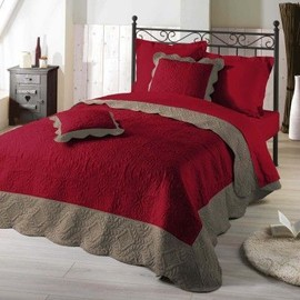 Couvre Lit Matelass� 240x220 Accra Rouge/Taupe