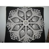 Napperon Crochet Fait Main - R�f 0936 - - �cru - Diam�tre 35