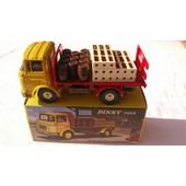 Camion Plateau Brasseur Berliet Dinky Toys #588/ R��dition Atlas