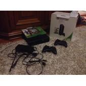 Xbox 360 + Fifa 15 + Gta 5 + Halo 4 + 2 Manette Sans Fil
