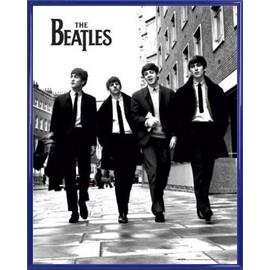 Mini Poster encadré: The Beatles - Fab Four À Londres (50x40 cm), Cadre Plastique, Bleu