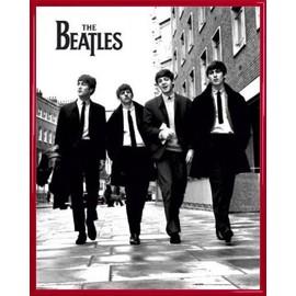 Mini Poster encadré: The Beatles - Fab Four À Londres (50x40 cm), Cadre Plastique, Rouge
