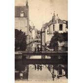 39 Montargis - Un Bras Du Loing Sur Le Canal