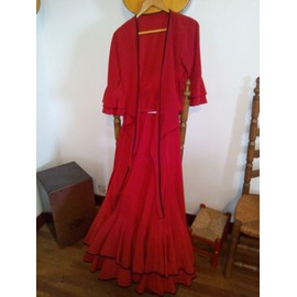 jupe de flamenco flamenco rouge d 39 occasion 68 pas cher. Black Bedroom Furniture Sets. Home Design Ideas