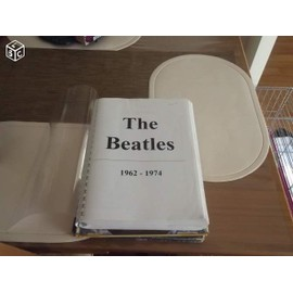 """Recueil de partition """"The Beatles"""" 284 pages 1962 - 1974"""