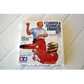 Tamiya 20027 - F1 Driver & Technical Engineer Set - 1/20