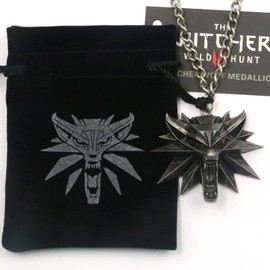 Pendentif The Witcher 3 M�daillon Gerald Loup Wolf + Chaine