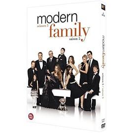 t l charger modern family saison 5 vf 24 pisodes. Black Bedroom Furniture Sets. Home Design Ideas