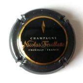 Capsule De Champagne Nicolas Feuillatte - Chouilly France - Fond Noir