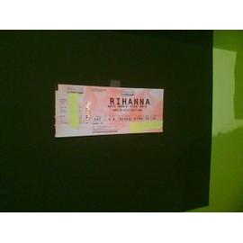 place concert rihanna a LILLE au stade pierre mauroy anti world tour en carre or