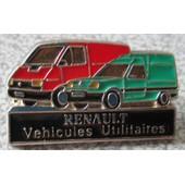 Pin's M�talique Renault V�hicules Utilitaires Avec Un Master Rouge Et Un Express Vert