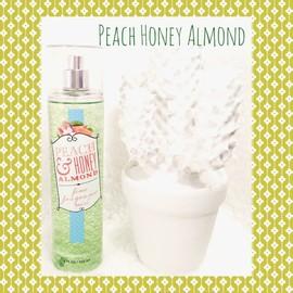 Bath And Body Works Brume Peach & Honey Almond Eau De Toilette Vaporisateur 236 Ml