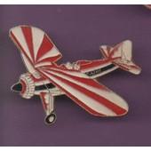 Pin's Avion Vieux Coucou Azak Ref 1536