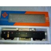 2 Wagons Sbb Cff 1 Wagon 1ere Classe + Bagage Ref 4240 + 1 Wagon 2 Nd Claase Ref 4238 Ech 1/87 Ho Roco