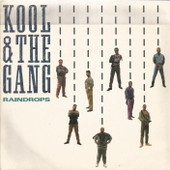 Raindrops (C. Booker) 3'44 / Amor Amore (Instrumental) (D. Rich / R. Edelman) 3'45 - Kool And The Gang