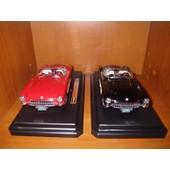 Lot De 2 Voitures Miniature: Chevrolet Corvette (1/24)
