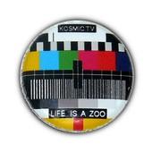 1x Badge - Mire Tv Life Is A Zoo - Pop Retro 80's Geek Nerd Button Pins Button �25mm