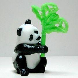 Figurine Panda Avec Son Bambou - S�rie Animaux Du Monde (2013)