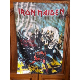 "Drapeau Iron Maiden - ""The Number of the Beast""."
