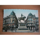 Cpsm Orl�ans.Place Du Martroi-Statue De Jeanne D'arc.