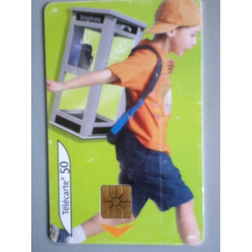Télécarte 50 unités vide france télécom garçon casquette tee shirt orange  cabine fond vert 4db5e5e5d18