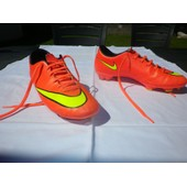 Chaussures De Foot Nike, Mod�le Mercurial, Roses, Taille 39.