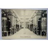 C P A Maison Pernod Fils - Une Des All�es De La Distillerie