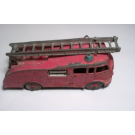 Dinky Supertoys Fire Engine 955 Made In England Meccano Ltd